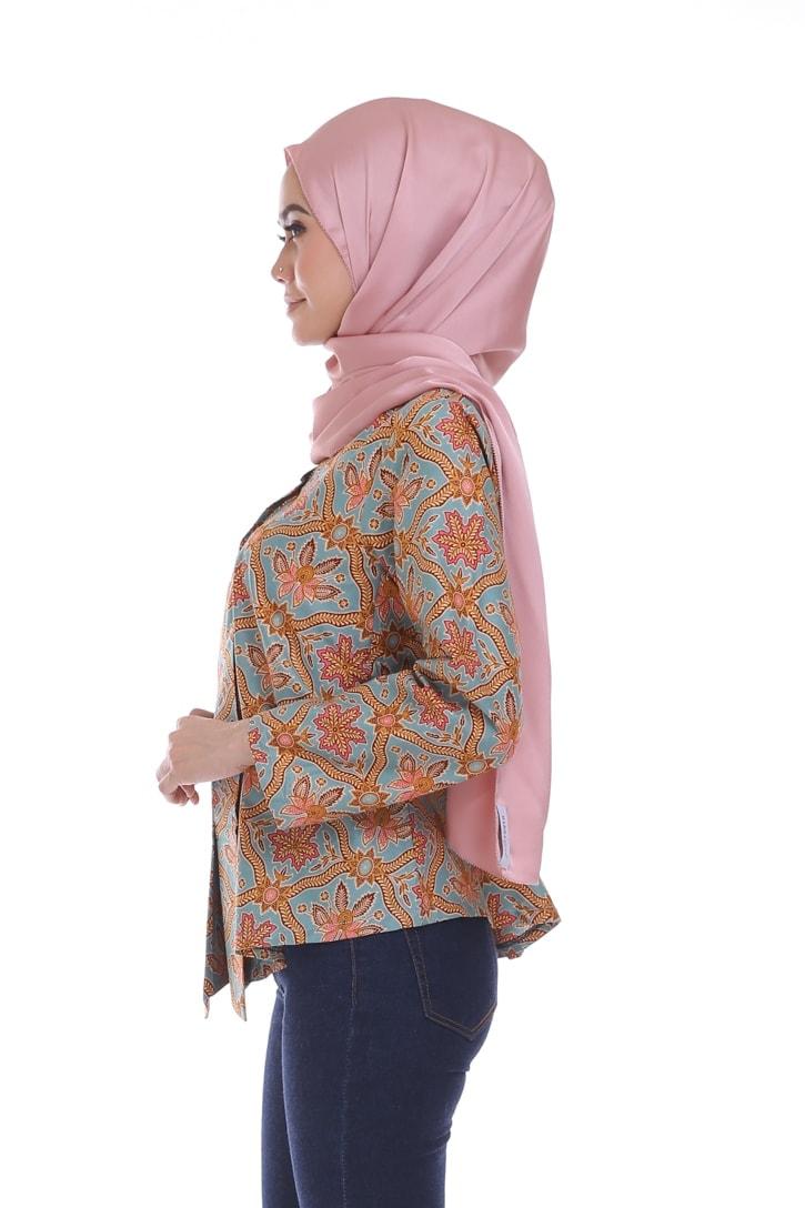 habra haute siska top batik st01