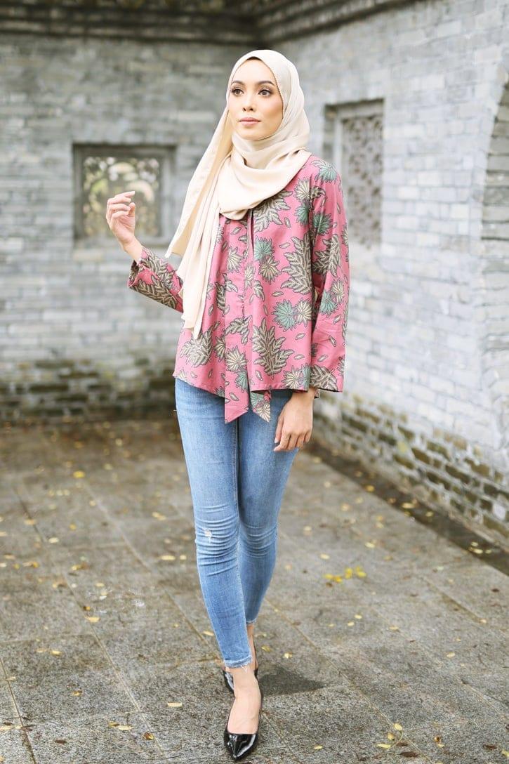 habra haute siska top batik st02