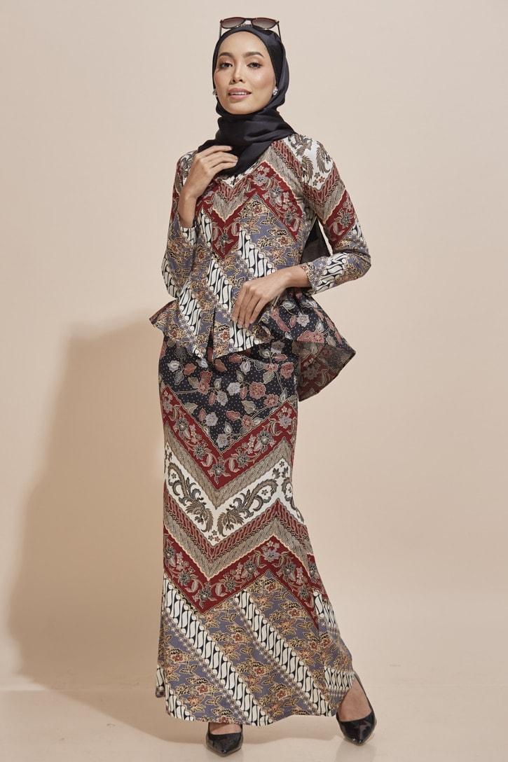 Habra Haute Kaisara Kebaya Peplum Batik Kebaya Moden Kebaya Modern Baju Kurung Batik Baju Kebaya Malaysia Batik Malaysia Batik Indonesia Koleksi Raya 2019 KS11