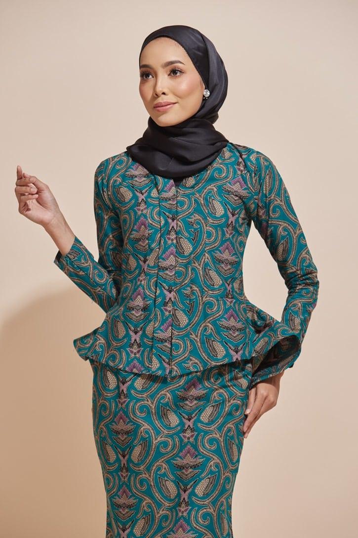 Habra Haute Kaisara Kebaya Peplum Batik Kebaya Moden Kebaya Modern Baju Kurung Batik Baju Kebaya Malaysia Batik Malaysia Batik Indonesia Koleksi Raya 2019 KS14