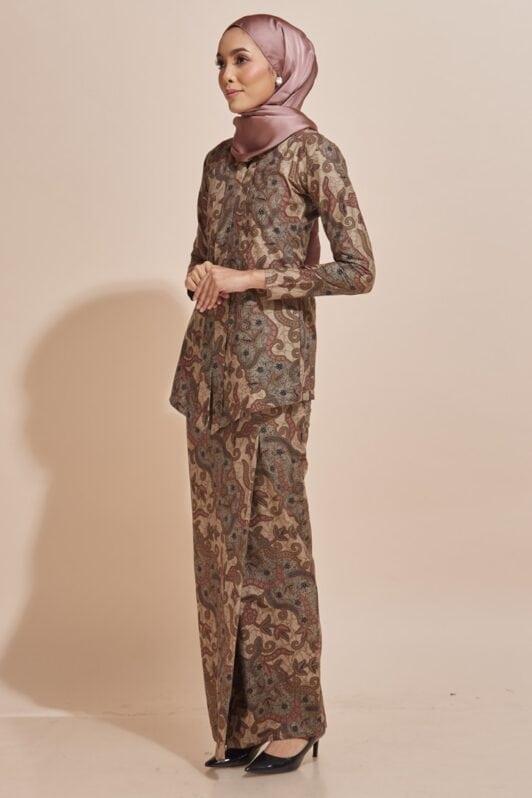 Habra Haute Kara Kebaya Batik Kebaya Moden Kebaya Modern Baju Kurung Batik Baju Kebaya Malaysia Batik Indonesia Batik Malaysia Raya Koleksi Raya 2019 KR53