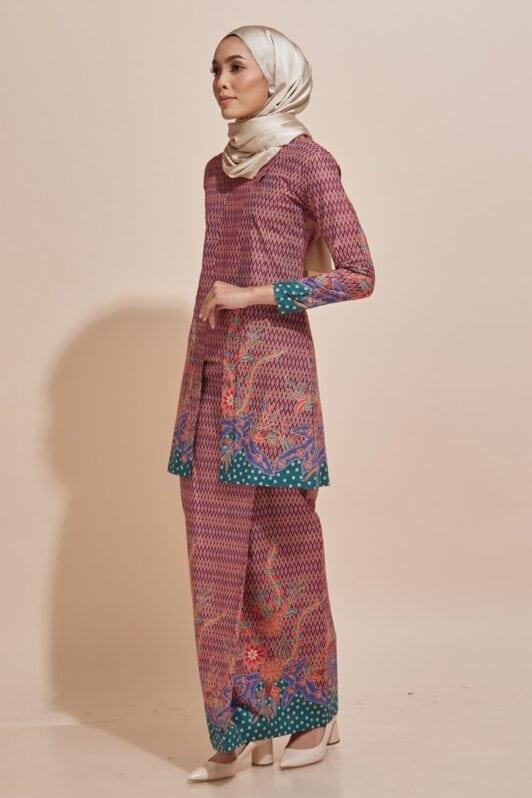 Habra Haute Kyna Kutu Baru Kebaya Batik Kebaya Moden Kebaya Modern Baju Kurung Batik Baju Kebaya Malaysia Batik Indonesia Batik Malaysia Raya Koleksi Raya 2019 KY03