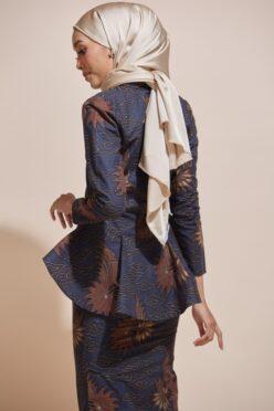 HABRA Haute Baju Kebaya Malaysia Moden Kebaya Kain Batik Baju Kebaya Nyonya Baju Kebaya Labuh Kebaya Batik Cotton Kebaya Kembang Kebaya Peplum Baju Kurung Moden Kaisara Kebaya - KS19