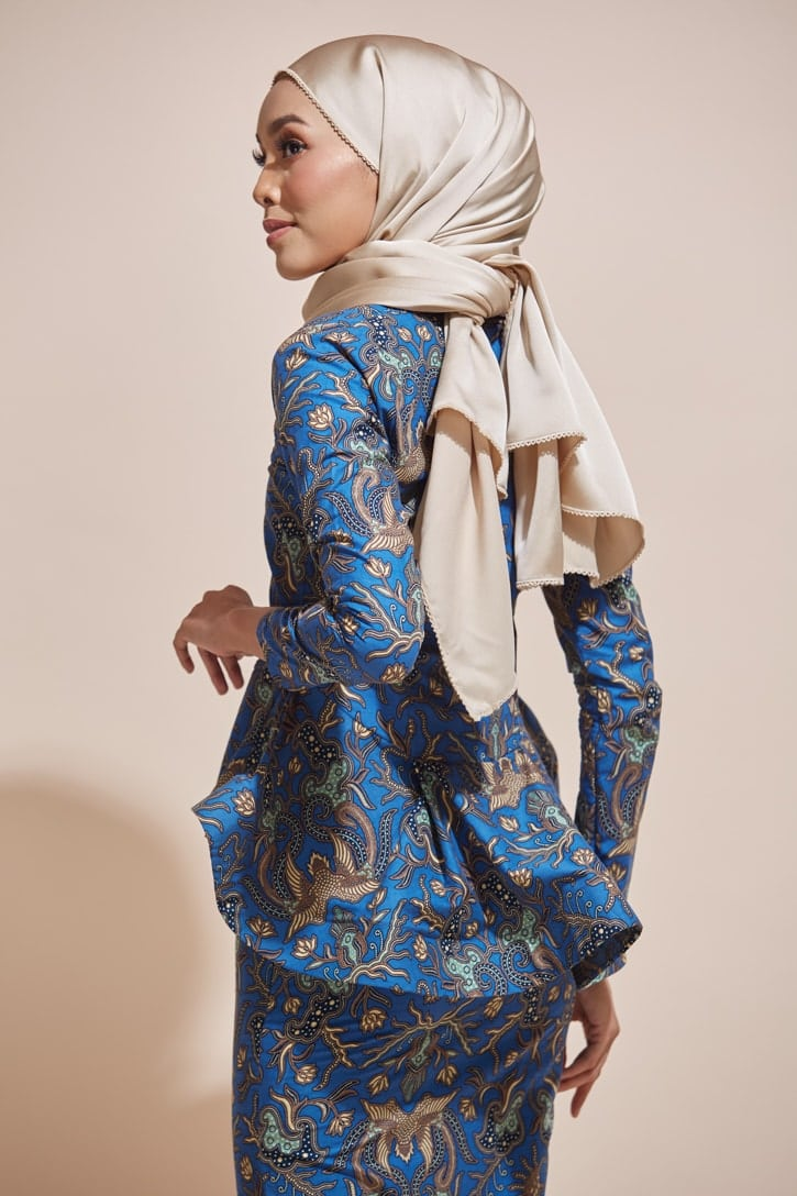 HABRA Haute Baju Kebaya Malaysia Moden Kebaya Kain Batik Baju Kebaya Nyonya Baju Kebaya Labuh Kebaya Batik Cotton Kebaya Kembang Kebaya Peplum Baju Kurung Moden Kaisara Kebaya -KS24