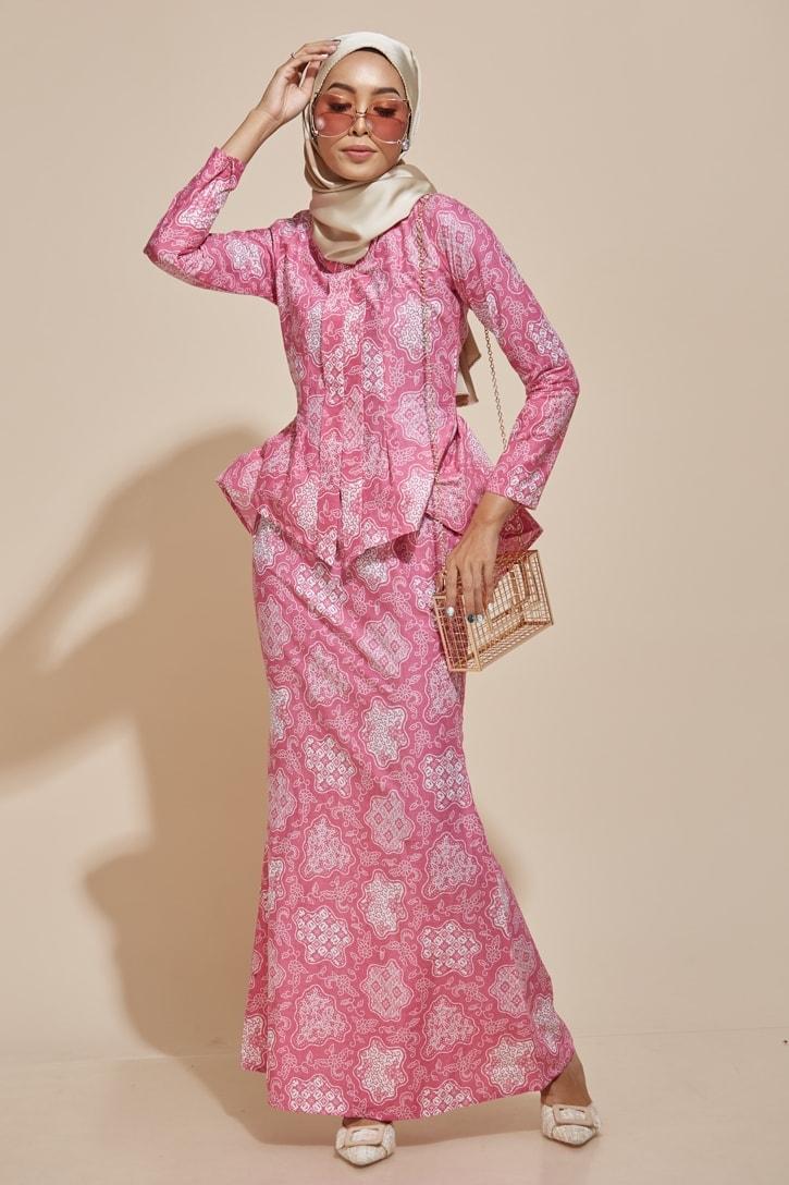 HABRA Haute Baju Kebaya Malaysia Moden Kebaya Kain Batik Baju Kebaya Nyonya Baju Kebaya Labuh Kebaya Batik Cotton Kebaya Kembang Kebaya Peplum Baju Kurung Moden Kaisara Kebaya - KS29
