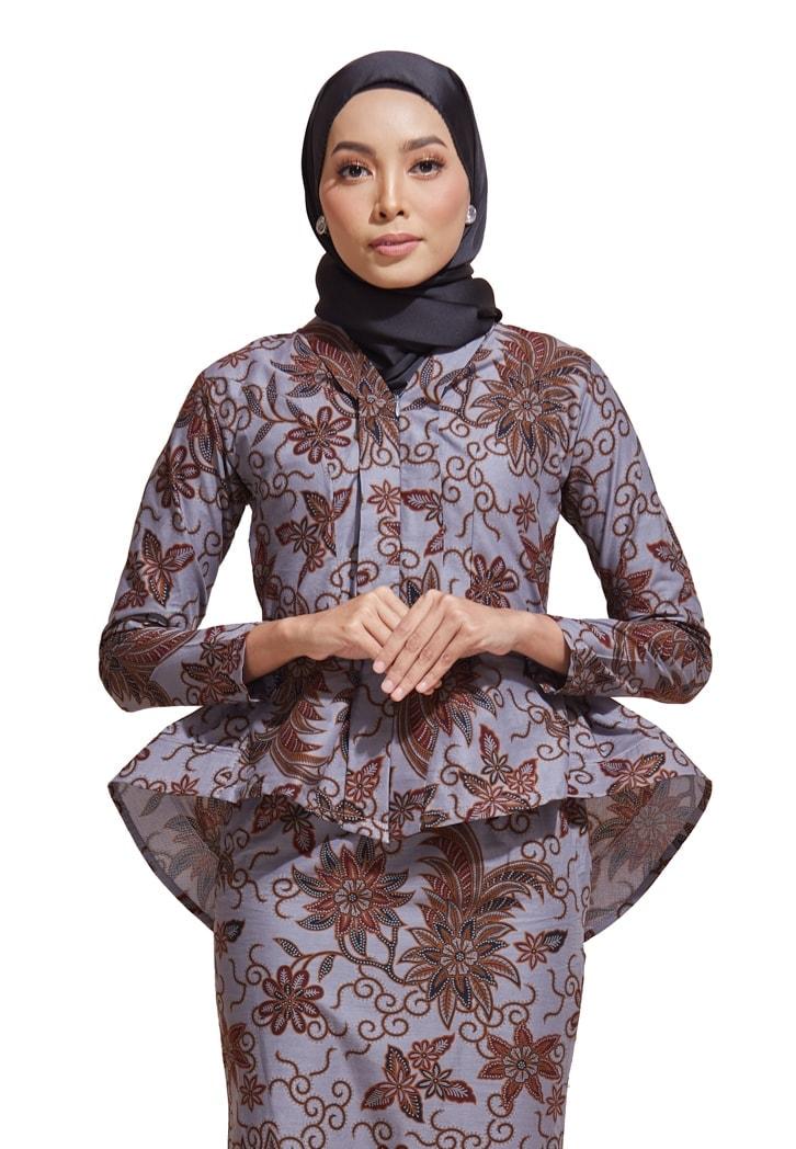 habra haute kebaya batik malaysia indonesia batik cotton kebaya moden kebaya peplum kebaya batik jawa kebaya batik modern kebaya nyonya kebaya batik 2019 kaisara kebaya batik ks33