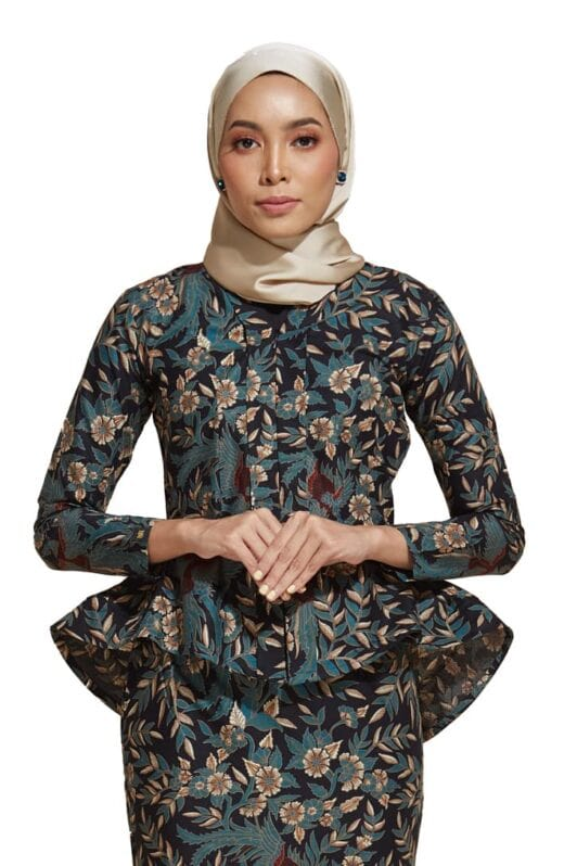 habra haute kebaya nyonya kebaya batik malaysia indonesia batik cotton kebaya moden kebaya batik jawa kebaya batik modern kebaya batik 2019 kaisara kebaya peplum ks78