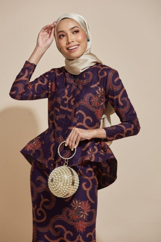 habra haute kebaya nyonya kebaya batik malaysia indonesia batik cotton kebaya moden kebaya batik jawa kebaya batik modern kebaya batik 2019 kaisara kebaya peplum ks87