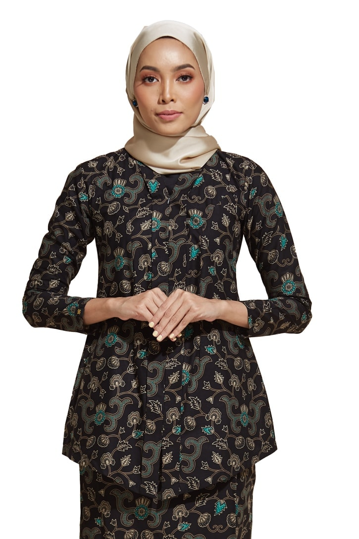 habra haute kebaya nyonya kebaya batik malaysia indonesia batik cotton kebaya moden kebaya peplum kebaya batik jawa kebaya batik modern kebaya batik 2019 kara kr83
