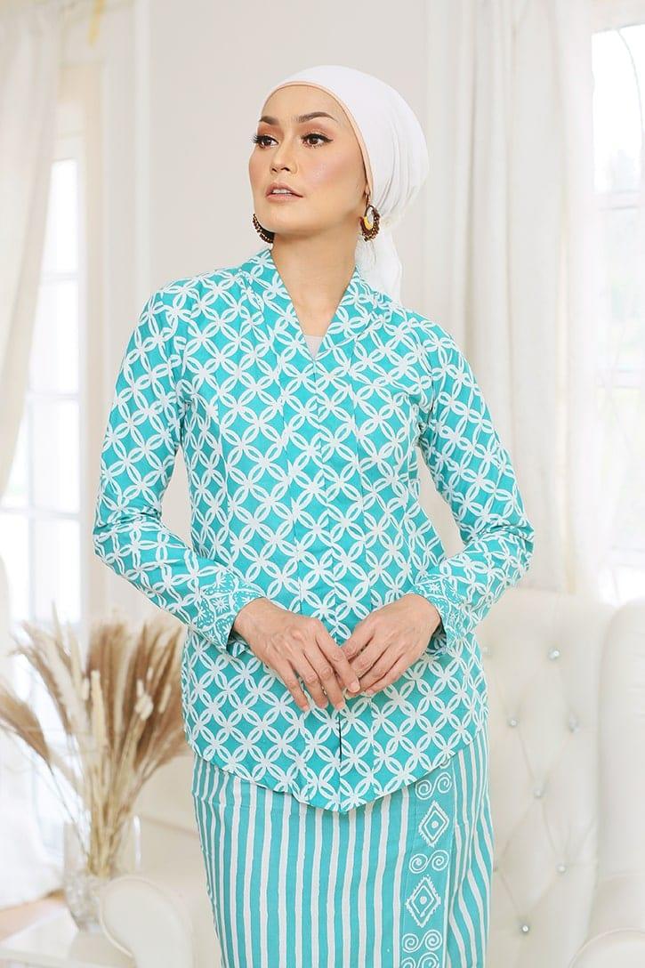 Baju Kebaya Batik Baju Kebaya Moden Kebaya Nyonya Kebaya Riau Kebaya Ruffle Habra Haute Dahlia Kebaya Blue