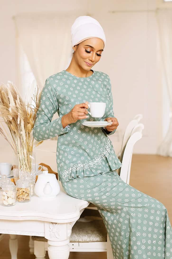 Baju Kurung Ruffle Kurung Moden Kurung Modern Baju Kurung Riau Baju Kurung Peplum Viral Baju Kurung Pastel Baju Kurung Biru Baju Kurung Jasmin