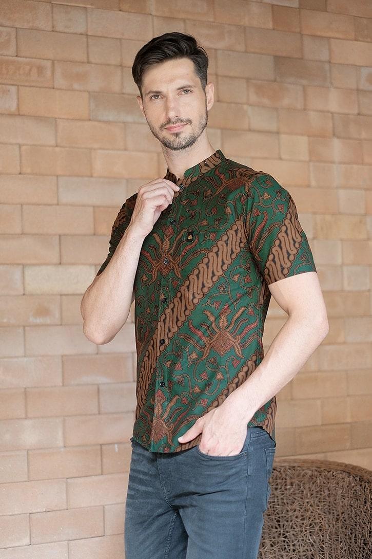 ML06 kemeja batik cekak musang kemeja lelaki batik sedondon raya 2020 batik malaysia indonesia kemeja hijau