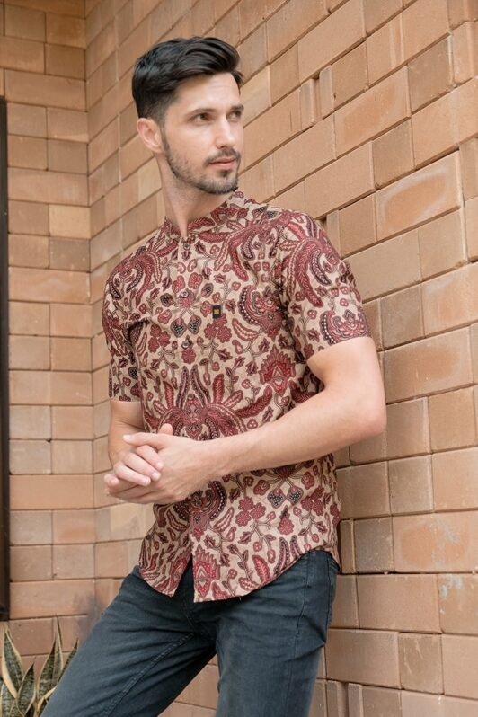 ML08 kemeja batik cekak musang kemeja lelaki batik sedondon raya 2020 batik malaysia indonesia kemeja merah