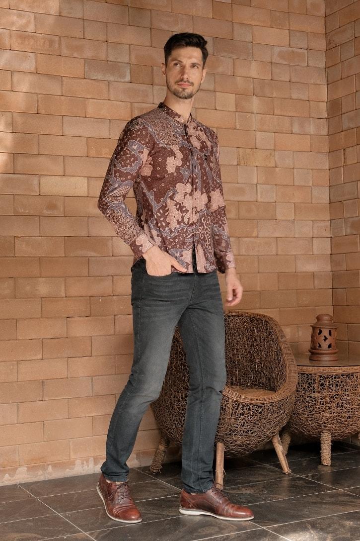ML09 kemeja batik cekak musang kemeja lelaki batik sedondon raya 2020 batik malaysia indonesia kemeja brown pink