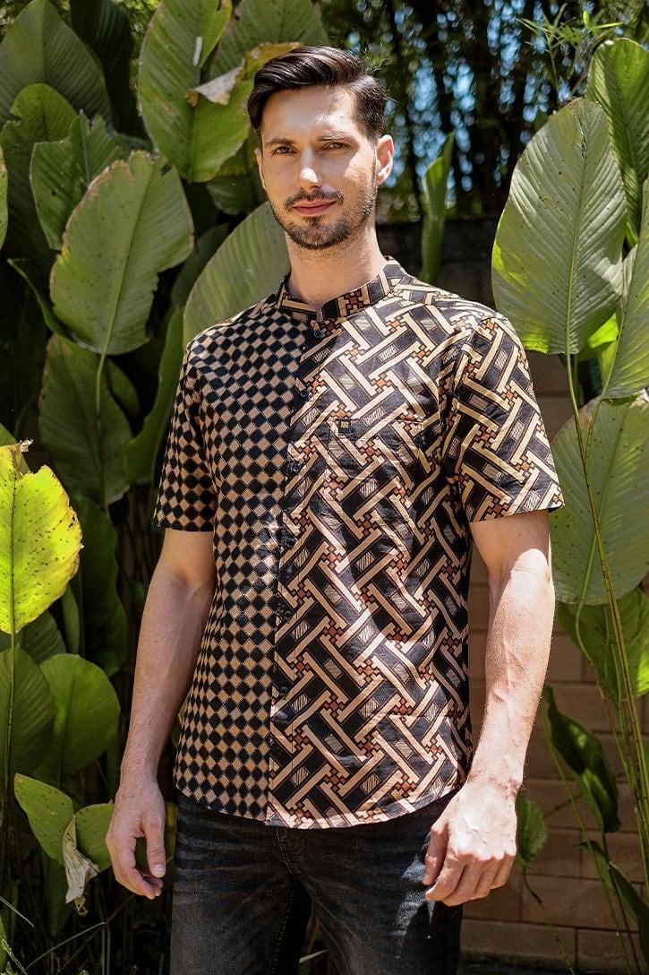 MLS01 kemeja batik cekak musang kemeja lelaki batik sedondon raya 2020 batik malaysia indonesia kemeja hitam emas