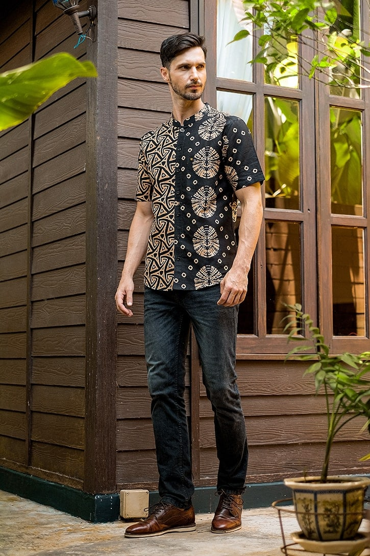 MLS03 kemeja batik cekak musang kemeja lelaki batik sedondon raya 2020 batik malaysia indonesia kemeja hitam emas