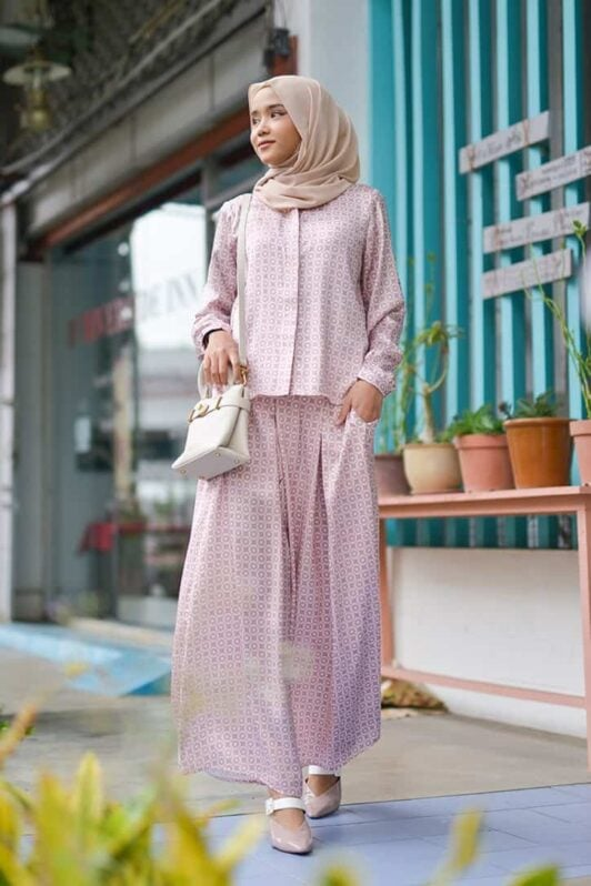 habra haute emma skirt set skirt kembang skirt labuh skirt muslimah skirt and blouse skirt set outfit skirt set summer skirt set casual skirt summer nude EM16